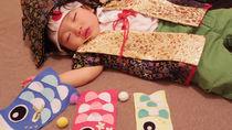 こいのぼりの寝相アート。子どもの日を表現するこいのぼりや兜、かしわ餅の作り方