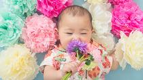生後4ヶ月の赤ちゃんの寝相アート。身近な素材で作るアイデア