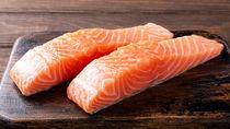 離乳食の鮭はいつから?離乳食初期・中期・後期・完了期の鮭レシピ