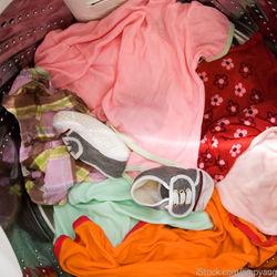子どもの靴を洗濯機でピカピカに。洗い方のポイントや注意点