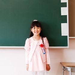 入学式に着る女の子のおしゃれなワンピース。用意の仕方や選び方