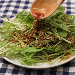 時短レシピで簡単。カリカリじゃこと水菜のサラダ
