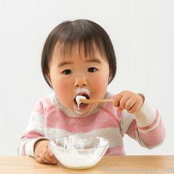 1歳児のヨーグルトの量や与える頻度と気をつけることなど