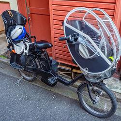 保育園の送迎を自転車でするとき。雨の日や布団を運ぶときの工夫とは