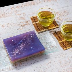 七夕をより楽しむためのお菓子。星空をイメージしたお菓子