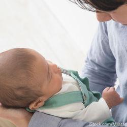 男性の育児休暇の取得率。取得できる期間や給与の扱いについて