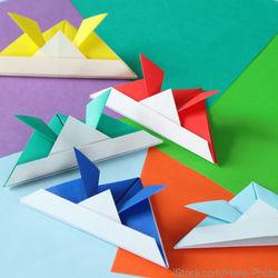 折り紙で作るこどもの日の飾り。兜の簡単な折り方や壁飾りの簡単な作り方