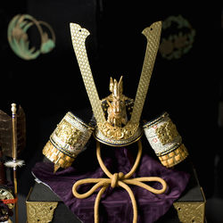 鎧兜やしょうき、大将飾りなど端午の節句に飾る五月人形の種類