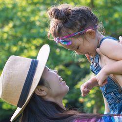 「子は親の鏡」。声かけのコツ、1歳から小学生まで年齢別の接し方