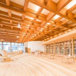 森や木と触れ合い、遊びながら学べる2つの施設が開設