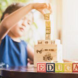 英語教育の専門家が教える、幼児がアルファベットに興味を持ち身につけるとっておきの方法