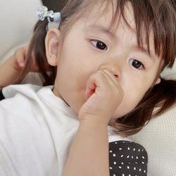イヤイヤ期の2歳児の寝かしつけ。おもちゃや絵本を使う方法