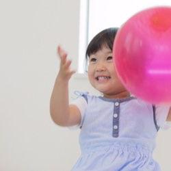 室内・外で楽しむ子どもの遊び。種類と遊ぶ際のポイント