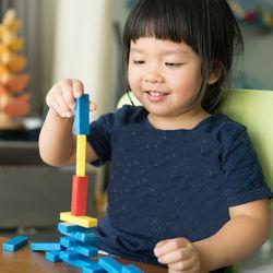 3歳~4歳向け知育おもちゃ。男の子、女の子それぞれの「好き」を生かそう