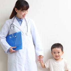 乳幼児医療費助成制度の仕組みと申請のタイミング