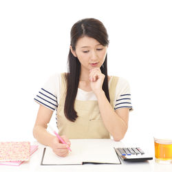 忙しいママにおすすめ!簡単手書き家計簿の始め方
