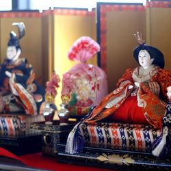 ひな祭りに欠かせないひな人形はいつ飾る?ひな祭りの意味、由来について