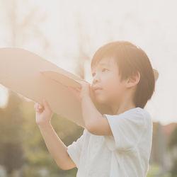 5歳、6歳、小学生はどんな遊びが好き?おもちゃを使った外遊び