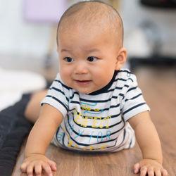 0〜3歳児向け乳児・乳幼児の服装や肌着。選び方や季節ごとのポイント