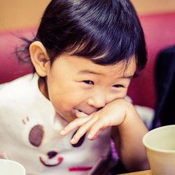 1歳児と2歳児の食事中のマナーに悩むママへ。子どもへの上手な伝え方