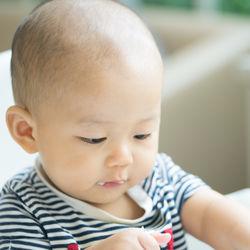 離乳食はいつから?カレイの離乳食時期別の進め方とアイディア