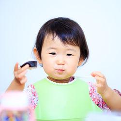 離乳食はいつから?モロヘイヤの離乳食時期別の進め方とアイディア