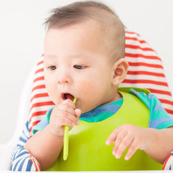 離乳食はいつから?いんげんの離乳食時期別の進め方とアイディア