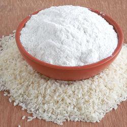 離乳食はいつから?米粉の離乳食時期別の進め方とアイディア