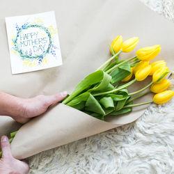 義母に贈る母の日のプレゼント。選び方や予算、添える手紙やメールの例文など