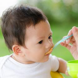 生後7カ月の離乳食のおかゆやうどんの量は何グラム?味付け、食材は