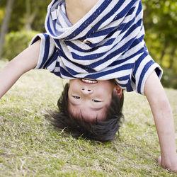 6歳の子どもが喜ぶ外遊びは?公園やバーベキューなどのアウトドアで2人でできる遊び