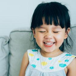 2歳の子どもが続けることができる、習い事の種類や平均費用とかかる時間