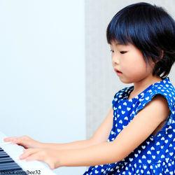 4歳の子どもが続ける習い事の種類や選び方は?平均的な時間や費用について