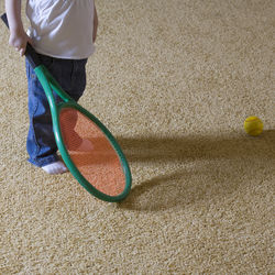 子どものスポーツ系習い事にテニスはおすすめ?女子にも男子にも人気の習い事