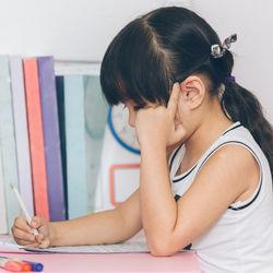 習い事はいつから始める?幼児の学習塾の種類や選び方や続かないときの対処法
