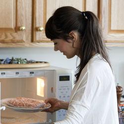 子育てママの時短料理。電子レンジを使ったコツやテク