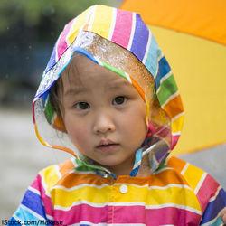 子どもに梅雨を説明するには?梅雨時期の遊びや服装選びなど過ごし方