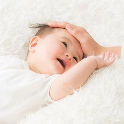 生後6カ月の寝かしつけ。かかる時間と抱っこやおしゃぶりを使った寝かしつけ方