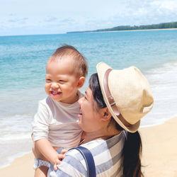 赤ちゃんとの旅行はいつから?飛行機や新幹線に乗る場合や準備しておくべき持ち物