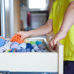 すぐに実践できるタンスの簡単な掃除方法とコツ。掃除を楽にする裏ワザとは
