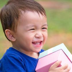 5歳男の子へプレゼント。1000円以下から5000円以上の予算別おもちゃや以外のもの