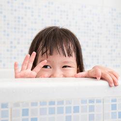 お風呂の基本的な掃除方法。汚れをためない工夫や便利グッズなど
