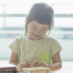 5歳の女の子へのプレゼント。1000円以下からでも選べる知育おもちゃなど