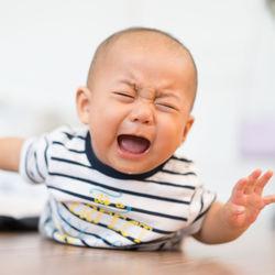 生後11カ月の赤ちゃんの夜泣き。ママたちが考える夜泣きの理由と泣き止まないときの対策