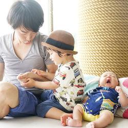 生後2ヶ月の赤ちゃんとの旅行、哺乳瓶などの持ち物や車などの移動手段