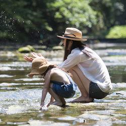子連れキャンプは何歳から?子連れキャンプ初心者でも楽しめるキャンプ場の選び方や持ち物