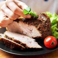 時短できるお肉料理のレシピとコツ。アレンジ可能な肉料理や時短料理に役立つアイテム