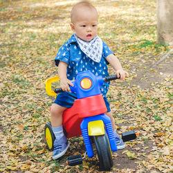 三輪車はいつからいつまで?何歳からこげるのかなど遊び方や選び方のポイント
