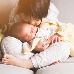 出生届の手続きで必要な書類はなに?住民票や母子手帳など添付書類を詳しく解説