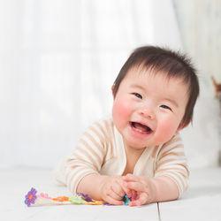 1歳児が喜ぶ室内遊び。雨の日、暑い日、寒い日に室内で楽しく遊ぶための工夫